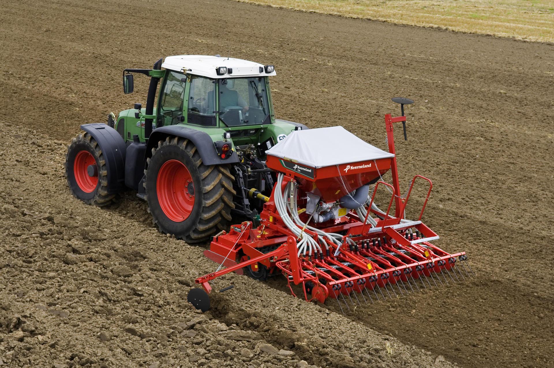 Kverneland DA / Seed Drills / Seeding Equipment ...